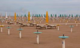 Öde strand i höst Royaltyfria Bilder