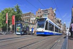 Öffentliche Transportmittel in Amsterdam Stockfotos