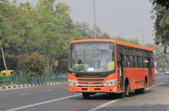 Öffentliche Transportmittel Neu-Delhi Indien des Busses lizenzfreie stockfotos