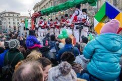 Rumänische traditionelle Musikkünstlerausführung Lizenzfreie Stockfotografie