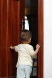Öffnen der Tür Stockfoto