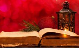 Öffnen Sie alte Bibel Lizenzfreie Stockfotografie