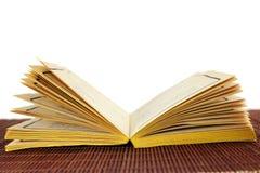 Öffnen Sie altes Buch Stockbild