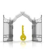 Öffnen Sie barockes Tor mit goldenem Schlüssel Lizenzfreies Stockbild