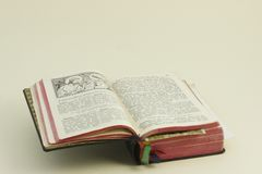 Öffnen Sie Bibel Lizenzfreies Stockfoto