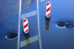 Öffnen Sie Einsteigelöcher und Wasserbetrieb Lizenzfreies Stockfoto