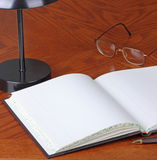 Öffnen Sie Maschinenbordbuch Lizenzfreie Stockfotos