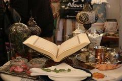 Öffnen Sie Ramadan-kareem der Quran-Heiligen Schrift Stockfotos