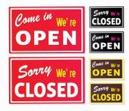 Öffnen Sie sich und geschlossene Speicherzeichen Stockbilder