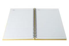 Öffnen Sie unbelegtes Anmerkungsbuch auf Weiß stockfoto