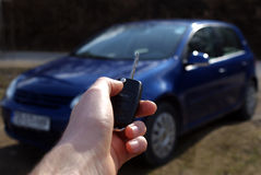 Öffnendes neues Auto Stockfoto