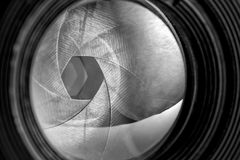 Öffnung des alten Retro- Kameraobjektivs Stockbild