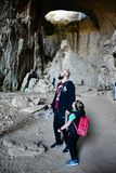 Ögon av guden, Prohodna grotta, Bulgarien arkivfoton