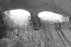 Ögon för Prohodna grotta` s av guden B&W royaltyfria bilder