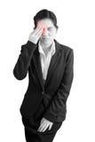 Ögon smärtar och ögonbelastning i en kvinna som isoleras på vit bakgrund Snabb bana på vit bakgrund fotografering för bildbyråer