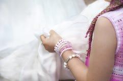 Ögonblick i bröllopet Royaltyfri Foto