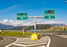 Ögonblicket av valet, republikanen eller demokraten Royaltyfria Foton