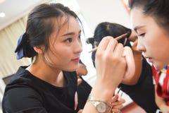 Ögonmakeup-makeup utbildning arkivbilder