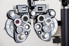 Ögonprovningsutrustning royaltyfri foto