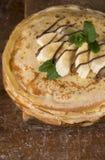 Öken - bunt av pannkakan med bananen Royaltyfri Foto