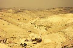 Öken med Sepiafiltret - Jordanien Arkivfoton