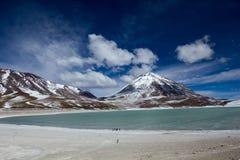 Öken och berg på Altiplano, Bolivia Royaltyfria Foton