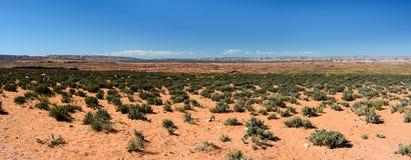 Öken runt om sidan Arizona för Grand Canyon hästskokrökning arkivbilder
