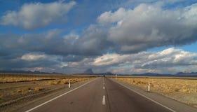 Ökenväg arkivfoto