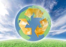 Ökologiesymbol über Erde. Stockbild