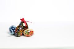 Ökologische, hölzerne Weihnachtsdekorationen Stockfotos