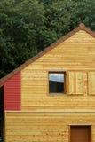 Ökologisches hölzernes Haus Lizenzfreies Stockfoto