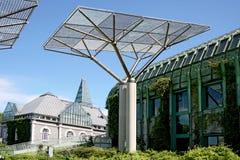 Ökologisches modernes Gebäude der Bibliothek. Lizenzfreie Stockfotografie