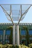 Ökologisches modernes Gebäude der Bibliothek. Stockfoto