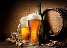 Öl i bryggeri arkivfoto