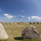 Öl som står stenar Arkivfoton