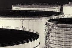 Öl-Speicherung Becken stockbild