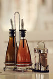 Öl- und Essigflaschen Lizenzfreies Stockfoto