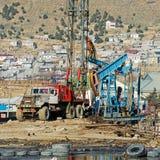 Öl Wells von Baku stockbild