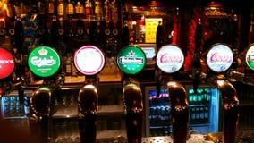 Ölklapp Fotografering för Bildbyråer