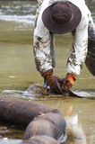 Ölpest auf dem Strand AO Prao, Insel Kho Samed. Stockfoto