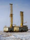 Ölplattform des Landes stockbilder