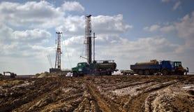 Ölplattform des Landes lizenzfreie stockfotografie