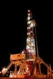 Ölplattform nachts Lizenzfreies Stockfoto