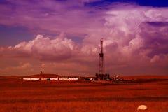 Ölplattform in North Dakota stockbilder
