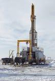 Ölplattformen lizenzfreie stockbilder