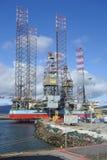 Ölplattformen in der Wartung lizenzfreie stockfotos