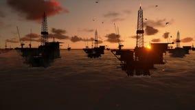 Ölplattformen im Ozean stock video footage