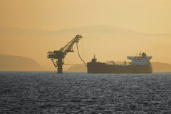 Ölpumpen des Öls Stockbilder