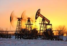 Ölpumpen stockfoto
