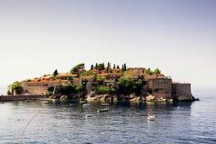 Ön av Sveti Stefan Europa Montenegro fotografering för bildbyråer
